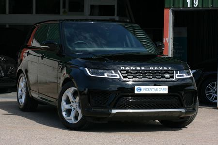 LAND ROVER RANGE ROVER HSE 3.0SDV6 306 CommandShift Auto. 1 OWNER. IMMACULATE. LAND ROVER 5YR SERVICE PLAN. PAN ROOF 68 REG